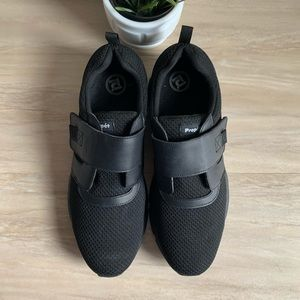 14 Propet Stability X Strap Walking Shoe
